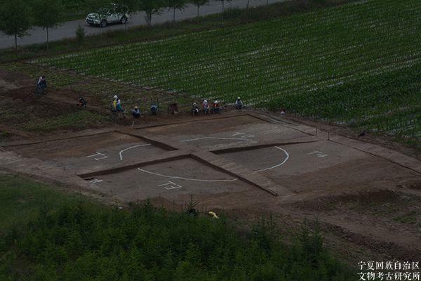 固原南塬墓地(M1401)考古发掘确认为多天井壁画墓