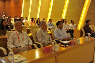 中科院院士吴新智、刘庆柱先生来我区作考古公众专题讲座