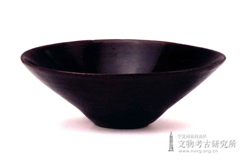 吉州窑黑釉木叶纹碗